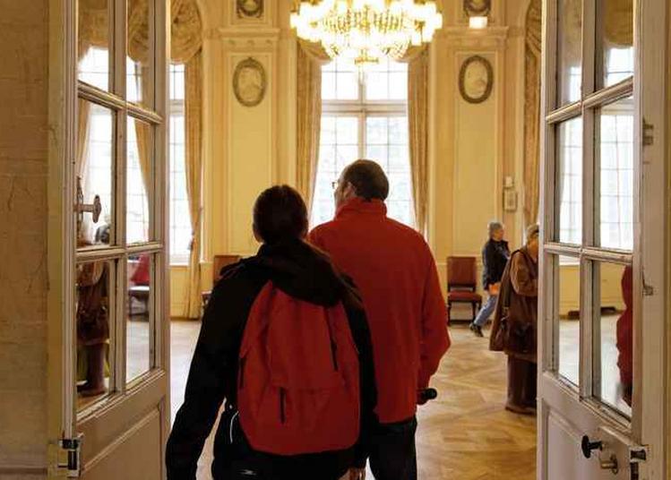 À La Découverte De L'hôtel De Ville à Metz