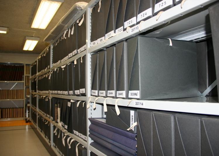 À La Découverte Des Archives Municipales De La Ville De Meudon