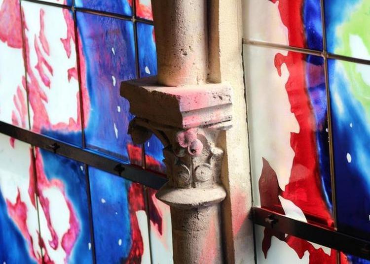 À La Découverte Du Décor De La Chapelle Et De Ses Vitraux Modernes à Reims