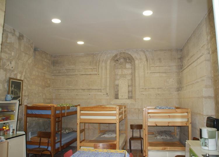 Accueil Des Pèlerins Cheminant Sur St Jacques De Compostelle à Saintes