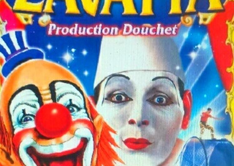 Cirque Nicolas Zavatta Douchet À Vertou