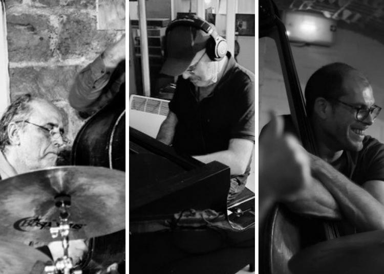 Ailleurs Trio à Paris 1er