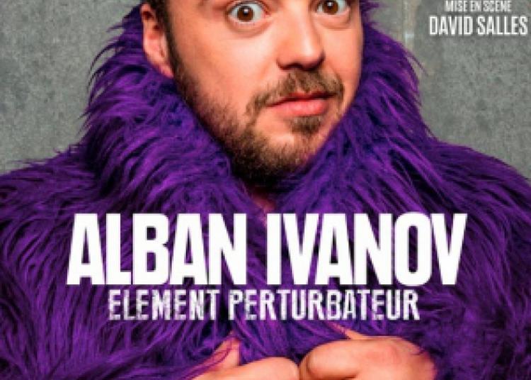 Alban Ivanov  Élément Perturbateur à Pau