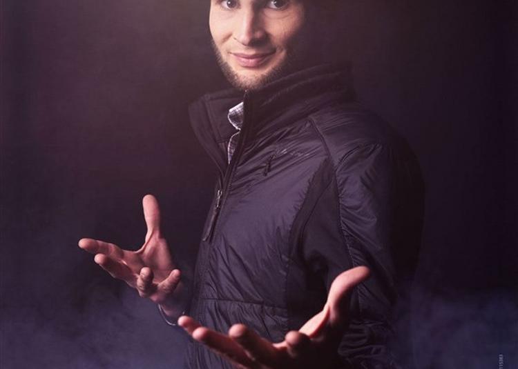 Alex Le Magicien Dans Magicadabra - Festival Cirque Et Illusion à Cerny
