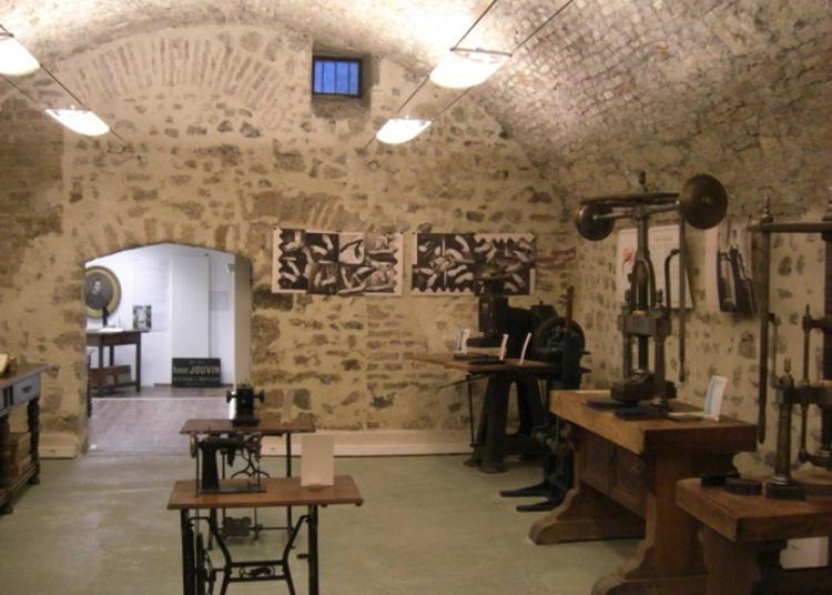 Ancienne Manufacture Des Gants Jouvin à Grenoble
