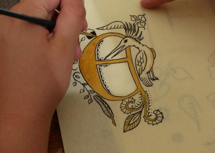 Atelier Calligraphie Médiévale à Aubervilliers