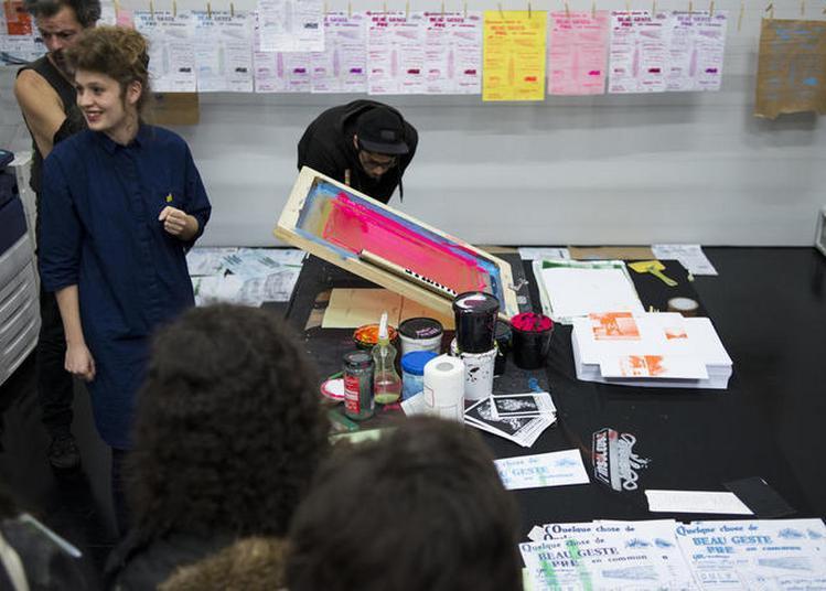 Atelier De Sérigraphie Avec L'insoleuse à Bordeaux