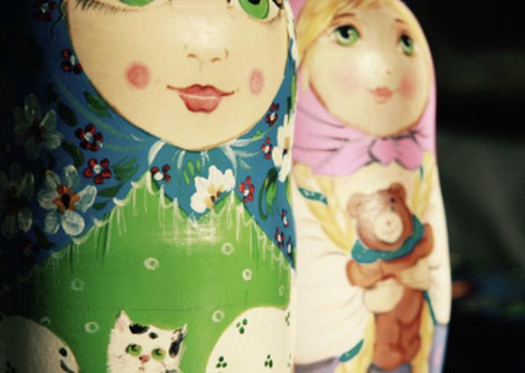Poupée russe et artisanat russe à Nantes