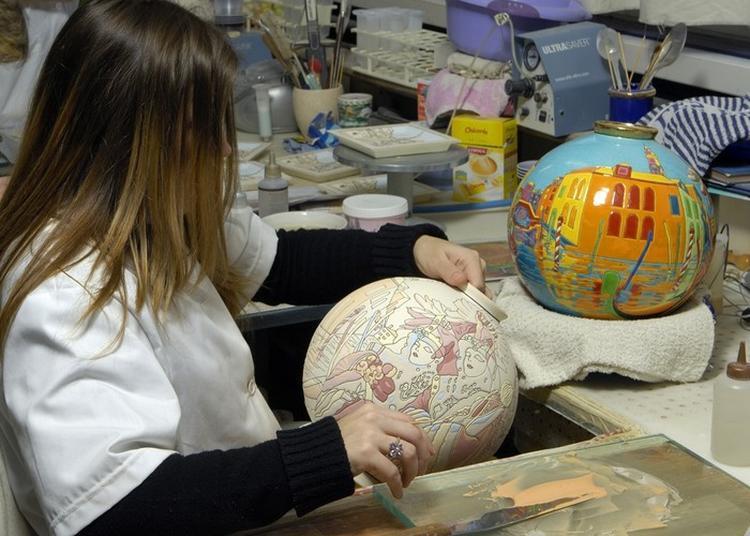 Atelier Remplissage Et Décoration à La Manufacture à Longwy