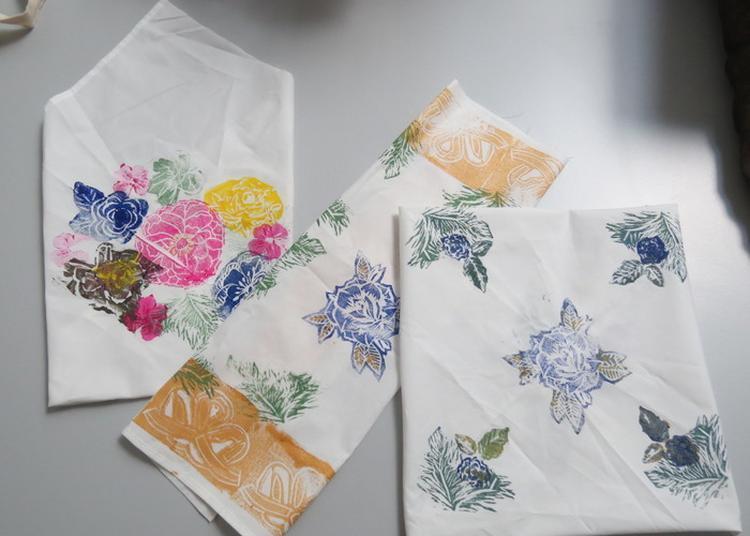 Atelier : Serviettes Fleuries à Lens