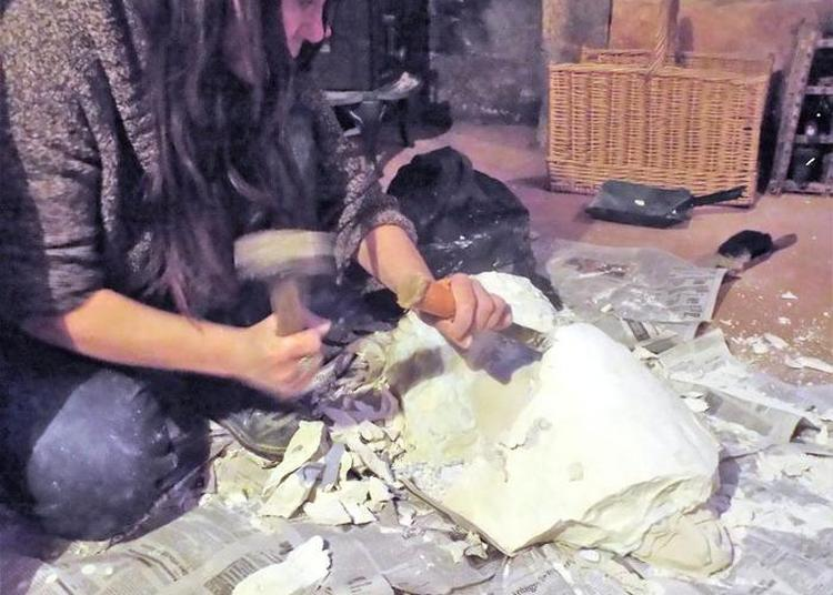 Atelier Taille De Pierre Avec Angelique Jung à Stenay