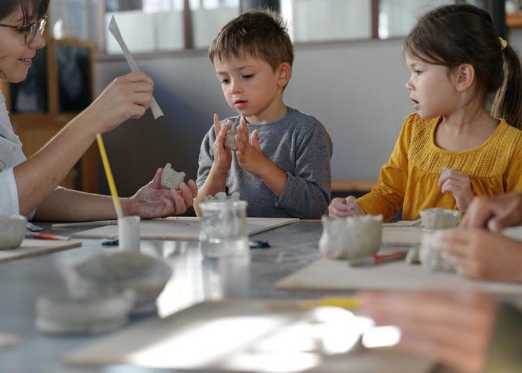 Ateliers De Modelage En Famille à Sevres
