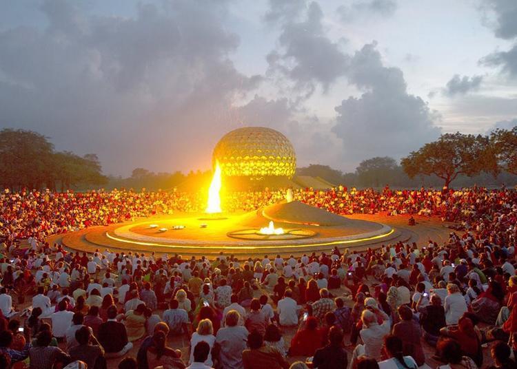 Auroville La Cité Utopique de Frederic Cebron 2019
