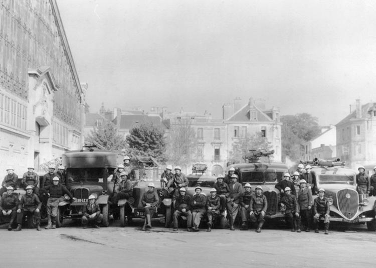 Aux Archives Municipales Sur L'esplanade Du Port (rive Droite) - L'histoire Et La Vie De La Compagnie Des Sapeurs-pompiers De Vannes