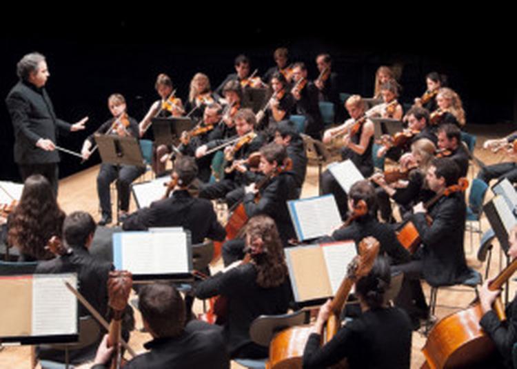 Avant-scènes / Orchestre Des Lauréats Du Conservatoire De Paris à Paris 19ème