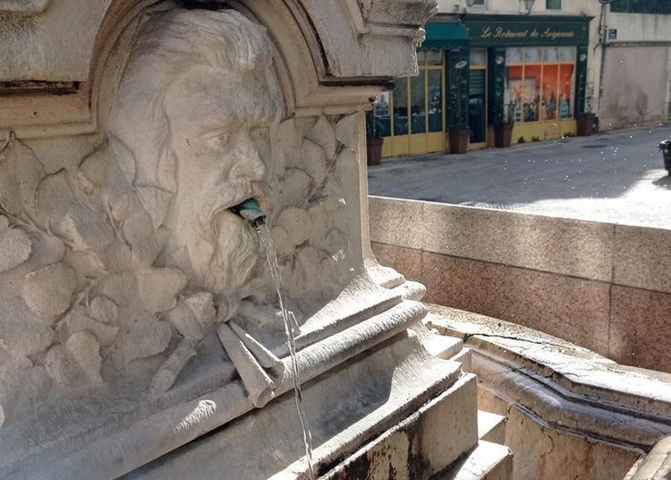 Avignon, Eau Vivante, Eau Cachée. Un Parcours Dans La Ville