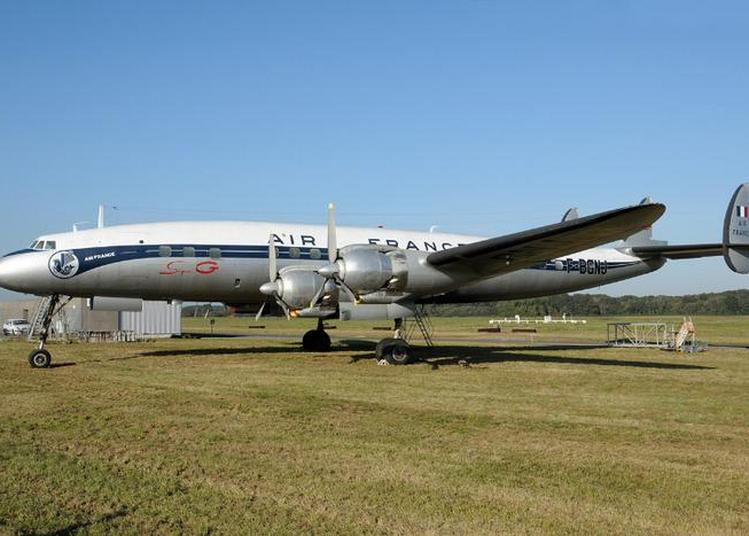Avion Lockheed L1049 G Super Constellation F-bgnj De 1953 à Saint Aignan Grandlieu
