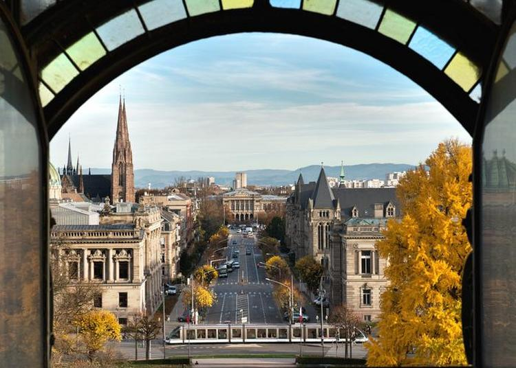 Balade Urbaine Et Analyse Du Patrimoine à Strasbourg