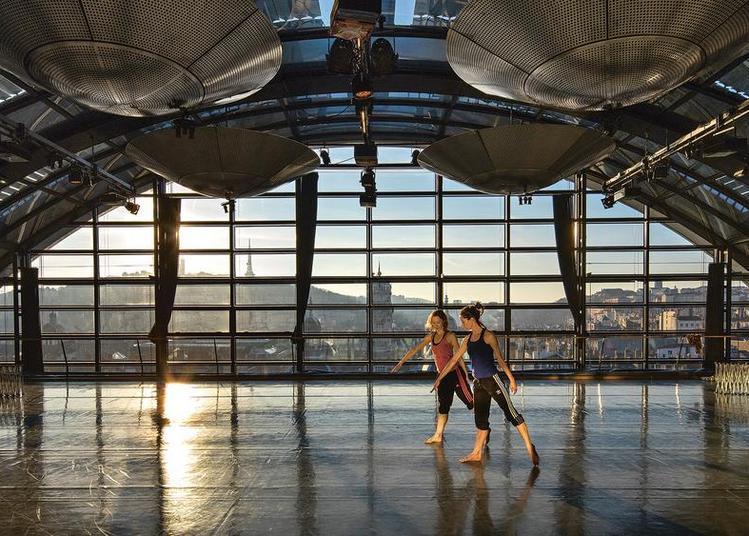 Ballet de l'Opéra de Lyon à Decines Charpieu