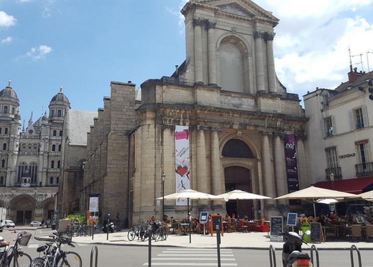 Bibliothèque Centre-ville La Nef À Dijon