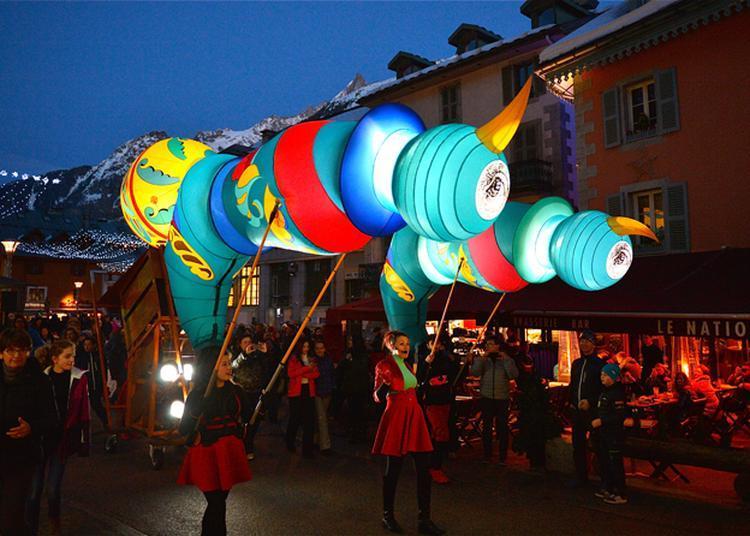 Biscornu  -  Nuit D'hiver  -  Déambulation Dans Le Centre-ville à Landerneau
