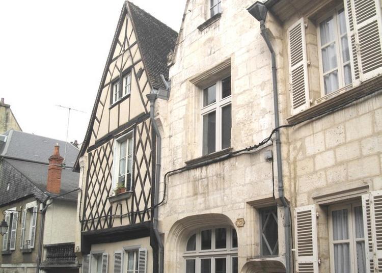 Bourges Au Fil De L'histoire