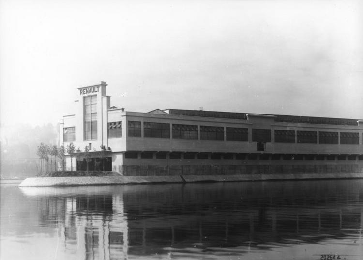 Café - Mémoire : échanges à Travers Des Photos D'archive Avec Les Témoins Porteurs De La Mémoire Renault. à Boulogne Billancourt