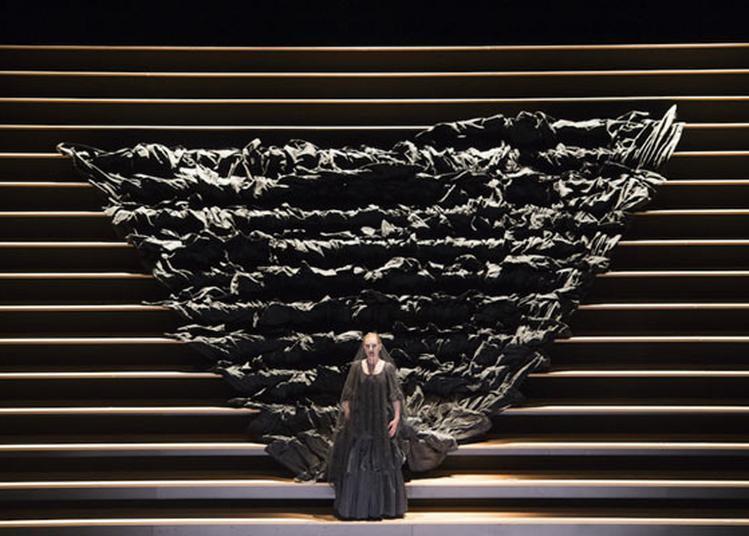 Carmen - Royal Opera House à Savigny le Temple