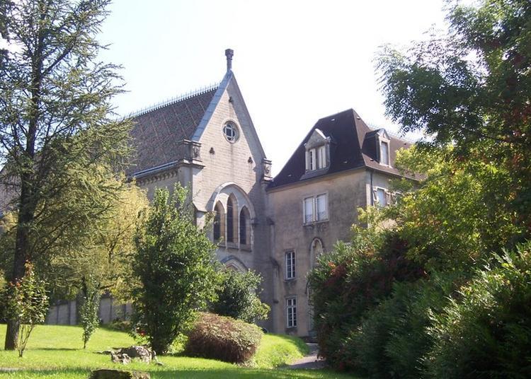 Château De Vaux-sur-poligny à Poligny