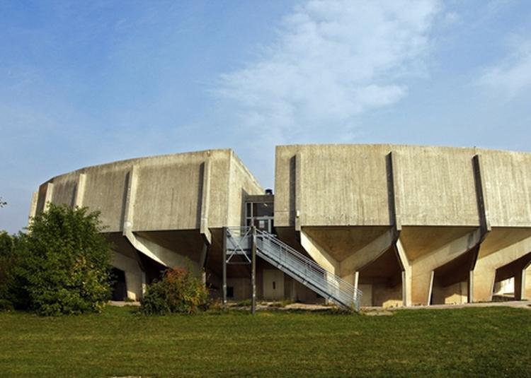 Circuit En Bus Université, Lieu De Culture, 1% Artistique Et 100% Architecture à Reims