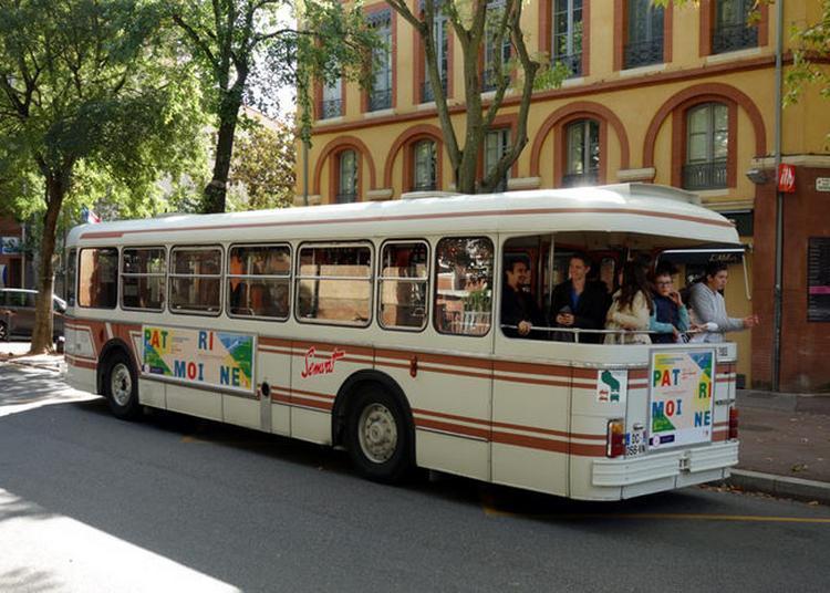 Circulation D'autobus Musée Sur Le Réseau Urbain Toulousain Tisséo à Toulouse
