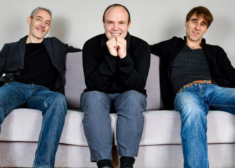 Clover Trio à Paris 20ème
