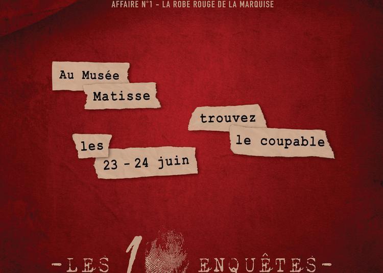 Cluedo Géant, La Robe Rouge De La Marquise à Le Cateau Cambresis