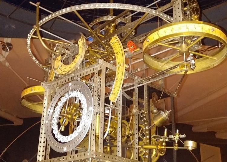 Commentaires Sur L'horloge Astronomique De Jean Legros à Reims