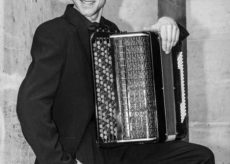 Concert De L'accordéoniste Bogdan Nesterenko à L'église Sainte-elisabeth à Roubaix