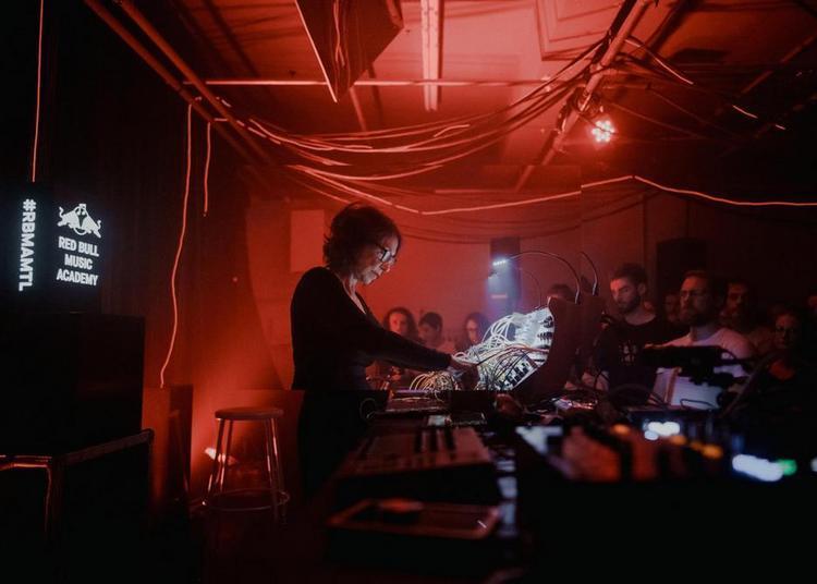 Concert-performance de Suzanne Ciani à Caen