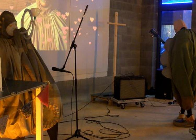 Concert-performance Du Groupe Tnhch Et De L'artiste Hilary Galbreaith à Rennes