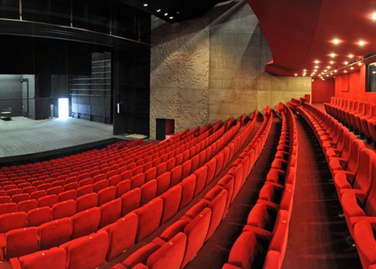 Dans Les Coulisses Du Théâtre à Saint Nazaire