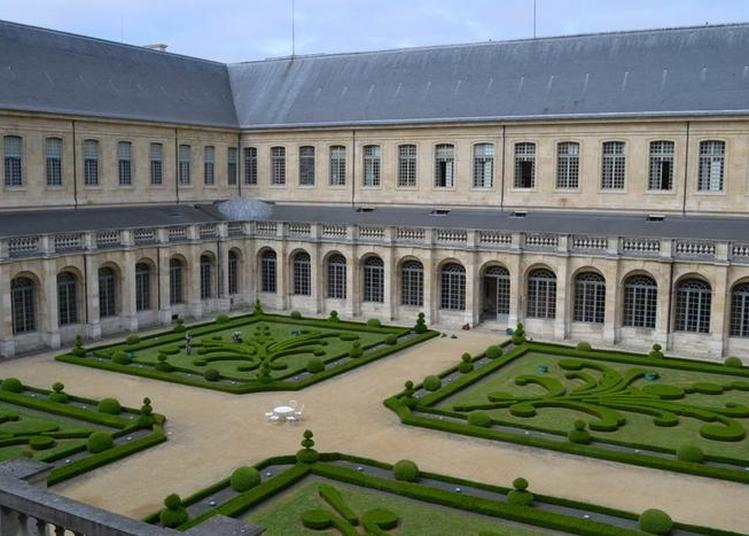 De L'abbaye Royale à La Maison D'éducation De La Légion D'honneur à Saint Denis