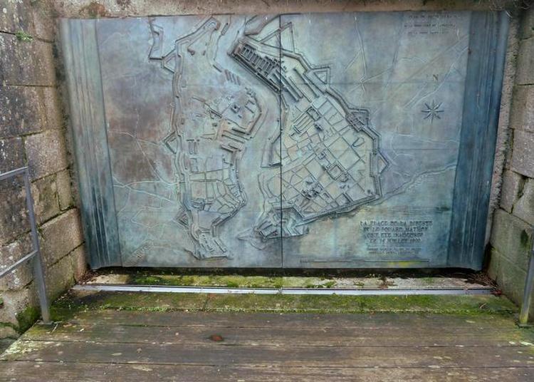 De La Place De La Liberté à La Place Albert Ier, Vestiges Des Fortifications. à Brest