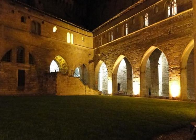 Déambulation, à La Tombée Du Jour à Avignon