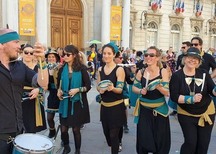 Déambulation Gang Jolo à Avignon