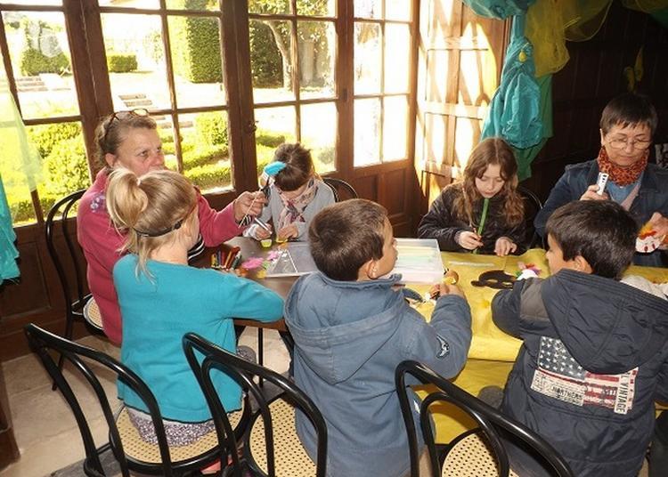 Décorer, Recycler Et S'amuser... Atelier Pour Enfants à Azay le Ferron