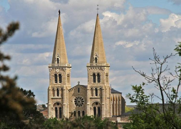 Découverte Commentée De L'église à Mauleon