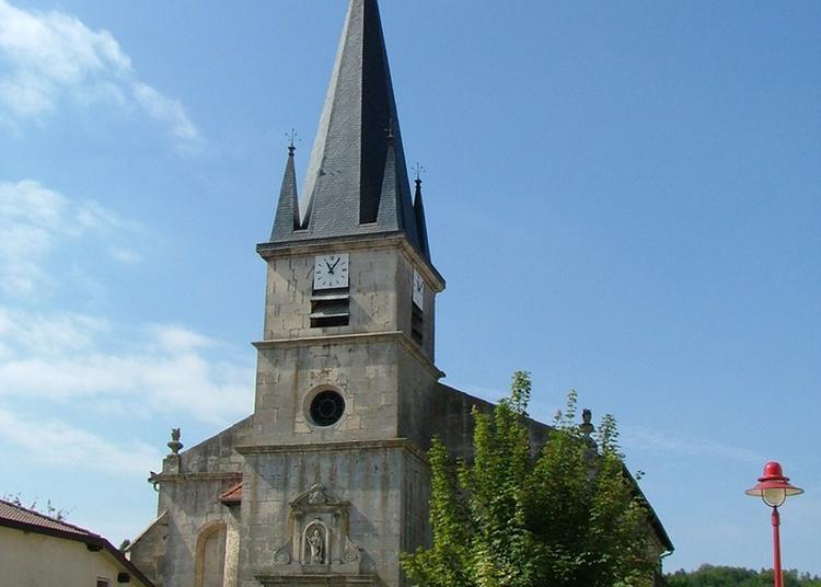 Découverte D'une Église Du Xviiie Siècle Construite Dans Le Style Renaissance à Velaines