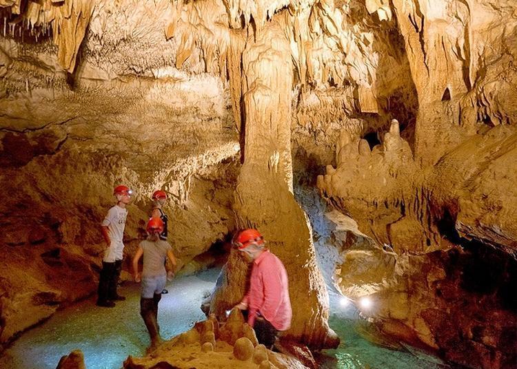 Découverte D'une Rivière Souterraine Et Sa Grotte ! à Rauzan