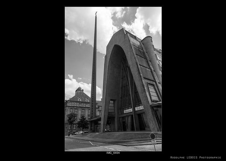 Découverte De L'édifice En Forme De Carène Renversée à Metz