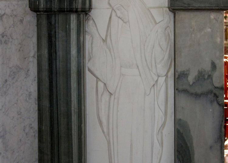 Découverte De La Basilique De Tous Les Saints Et Saintes De France ! à Reims