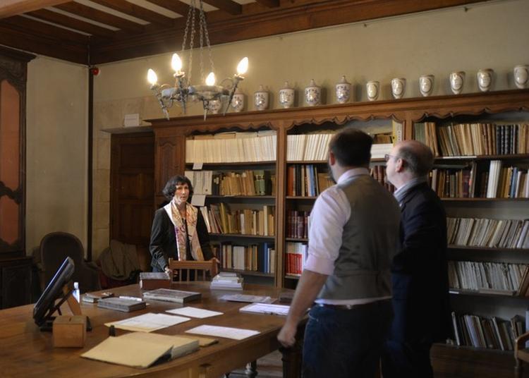 Découverte De La Bibliothèque De La Société Philomathique Et Présentation D'ouvrages Anciens à Verdun