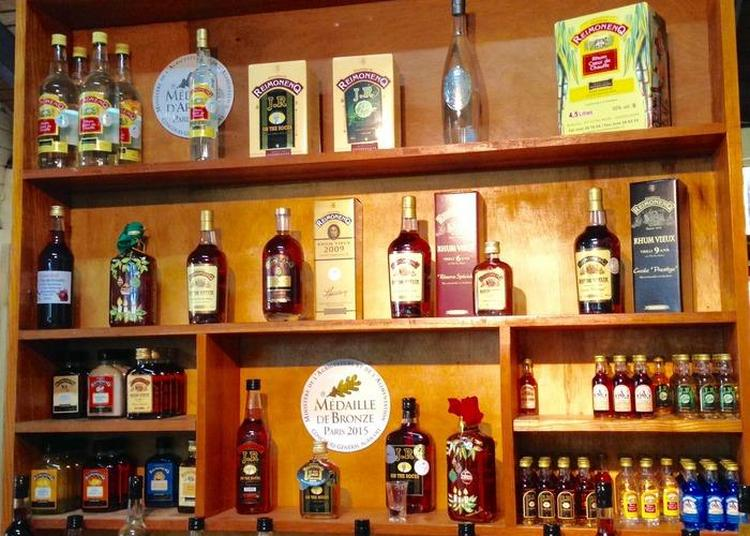 Découverte De La Distillerie à Sainte Rose
